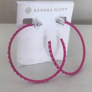 KENDRA SCOTT  'Val' Hoop Earring Magenta